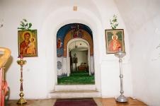Вход в  верхний храм